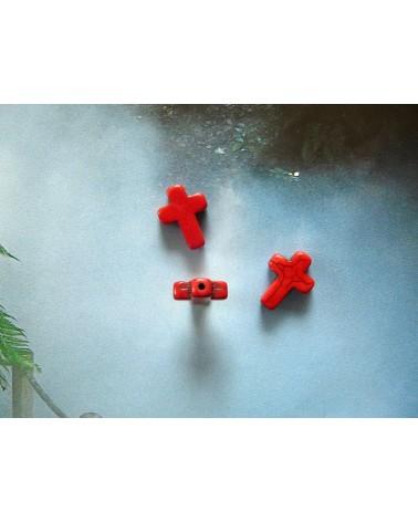 Croix rouge en Howlite 16 x12mm X1 ou par 10