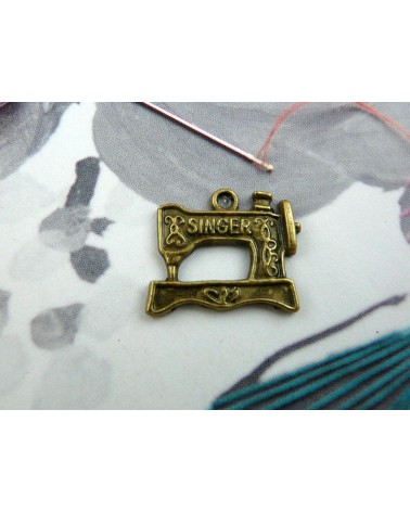 Breloque machine à coudre Singer bronze x1