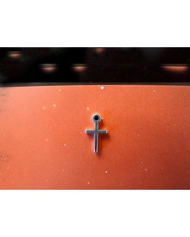 Breloque, charm, Croix 13mm argenté x 1