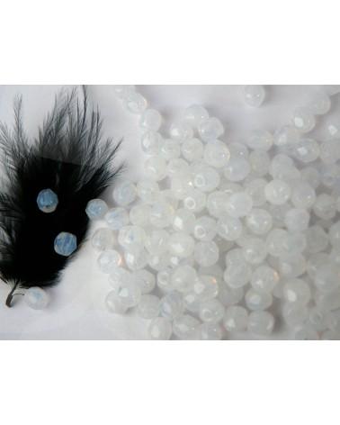 Facettes de Bohême 4mm White opal x 50