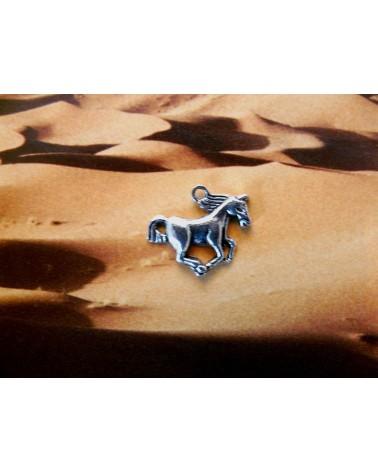 Breloque cheval 16mm argenté vieilli x1