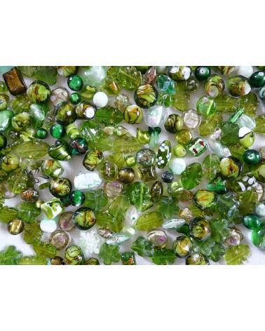 Perles en verre mélangées MIX n°3 X 100 gr (environ 13-15 perles) VERT