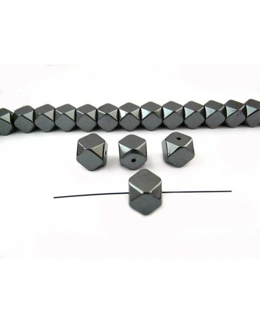 Hématite cube facetté 10mm noir X1