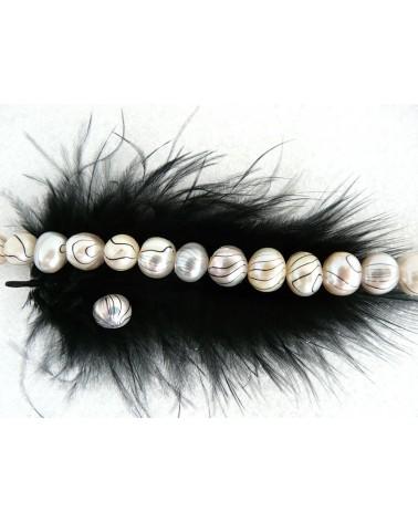 Perle-d'eau-douce-grade- A-8-9mm-rayée-noir-sur-blanc-crème-x-4