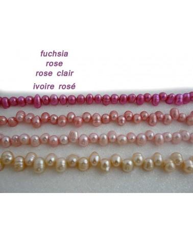 Perles d'eau douce ovales 8-10mm  ivoire rose X4