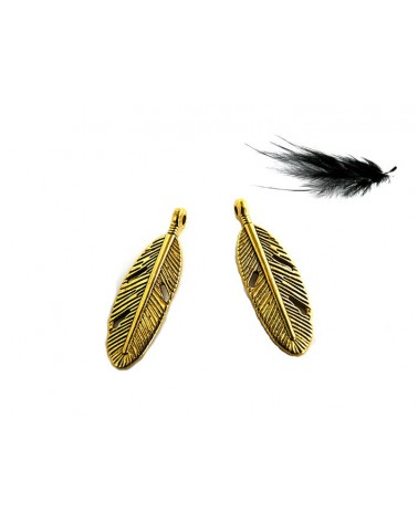 Breloque plume dorée 30mm