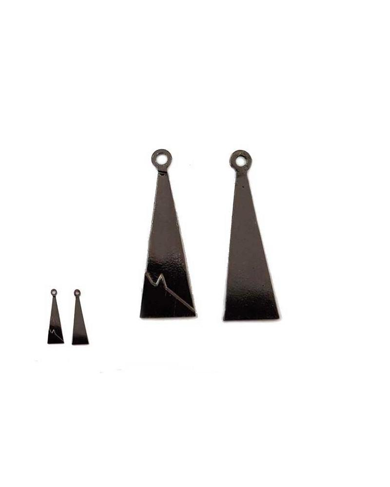 Breloque pointe triangle 17mm noir x1