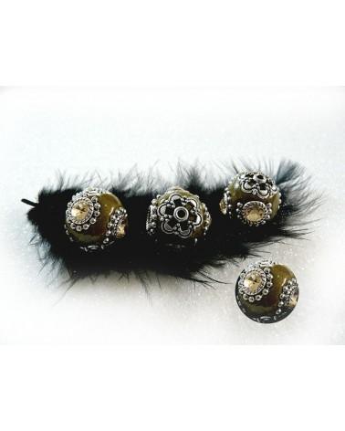 Perle d'indonésie ronde VERT kaki 19 mm munie de 4 strass x1